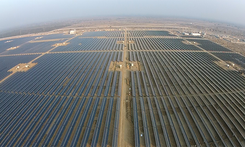 An aerial view of QASP. - Photo courtesy Quaid-e-Azam Solar Power (Pvt) Ltd.