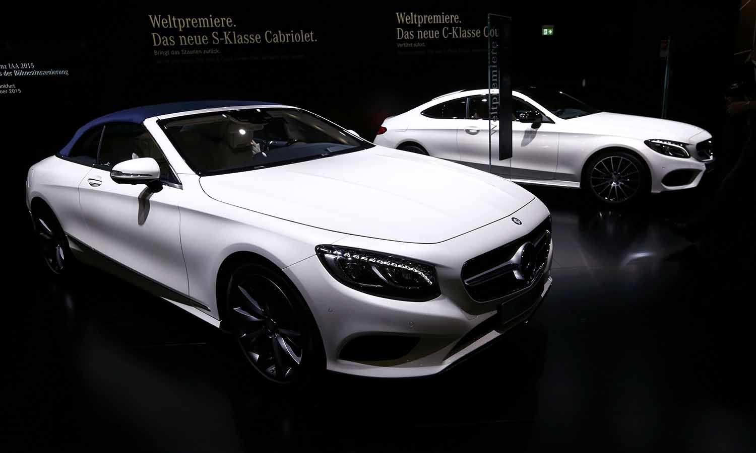 A new Mercedes-Benz S-Class S500 (L) convertible car is pictured at the booth of Mercedes-Benz during the media day at the car show. ─ Reuters