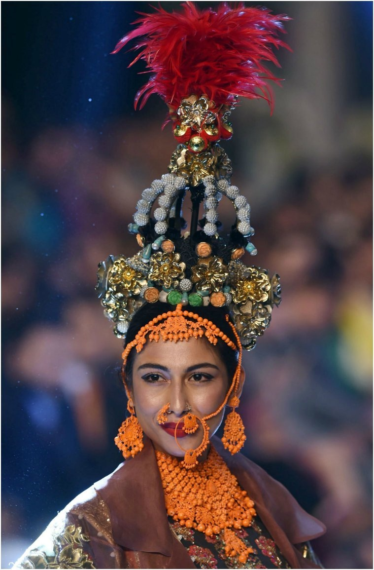 Meesha Shafi walks as the showstopper for Xeeshan—AFP