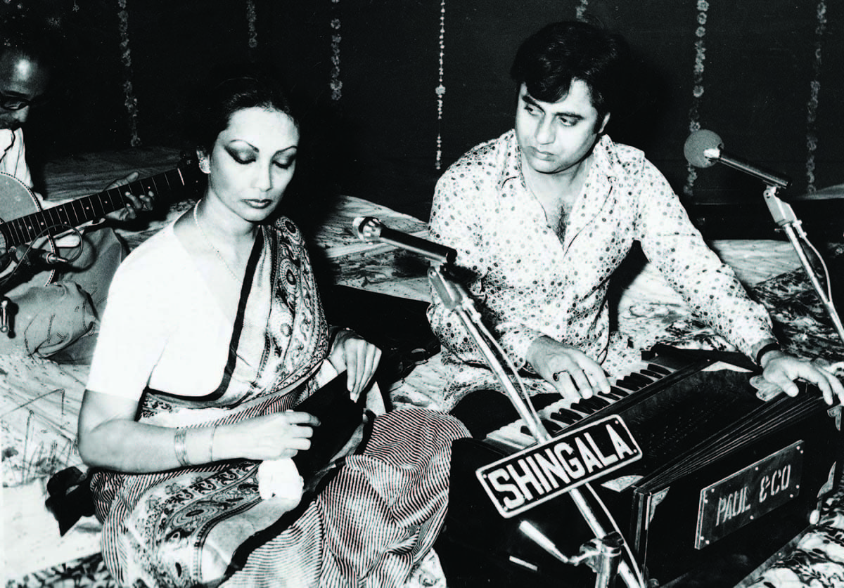 Jagjit-Chitra, the most popular singing couple — Photograph courtesy HarperCollins Publishers India