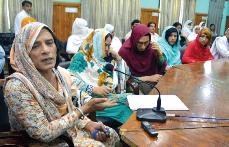 A transvestite speaks during the consultative meeting at Peshawar Press Club on Thursday. — INP