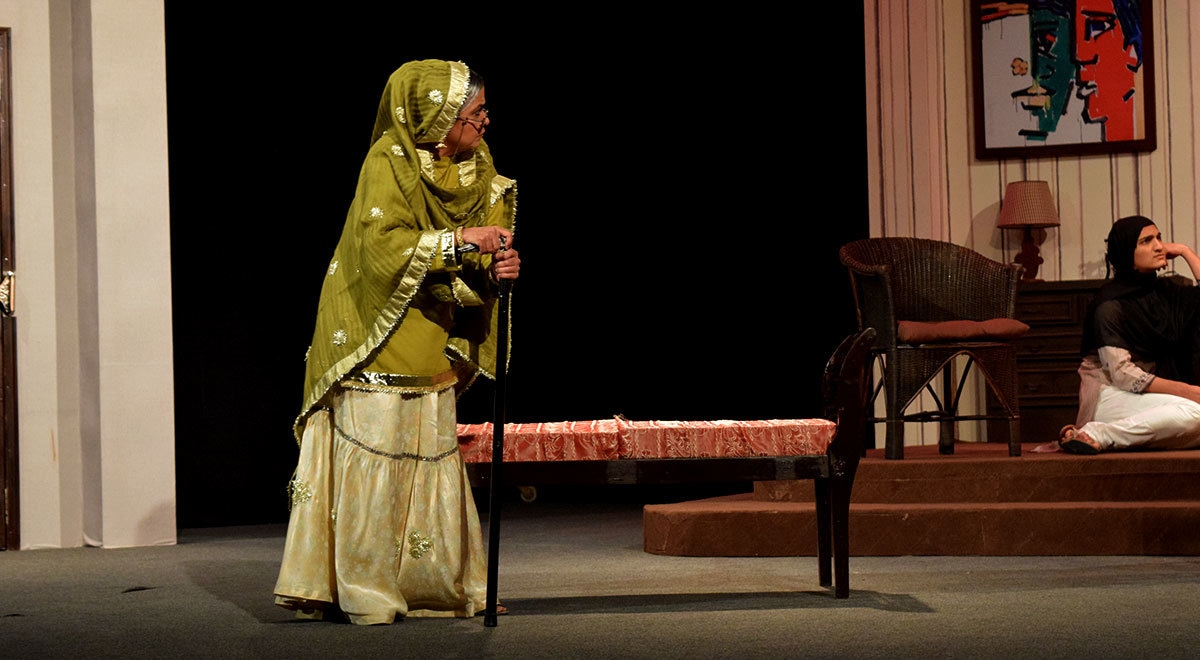 Bari Begum Sahiba gives a tight scolding to the family members. — Photo by Zoya Anwer