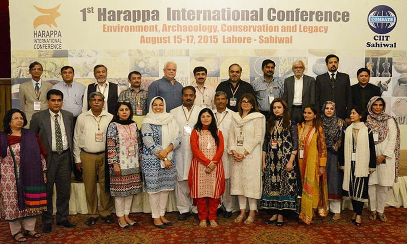Conference speakers: (Back row) - Dr Qasid Mallah (Prof. Chairman, Dept. Dept. of Archaeology, Shah Abdul Latif University, Khairpur) is second, and Dr Jonathan Mark Kenoyer (Chair, Dept. of Anthropology, University of Wisconsin, USA) is fifth from Left. (Front Row) - Dr Shahid Ahmad Rajput (Prof., Dept. of Architecture, COMSATS Institute, Islamabad.) is second from Left.