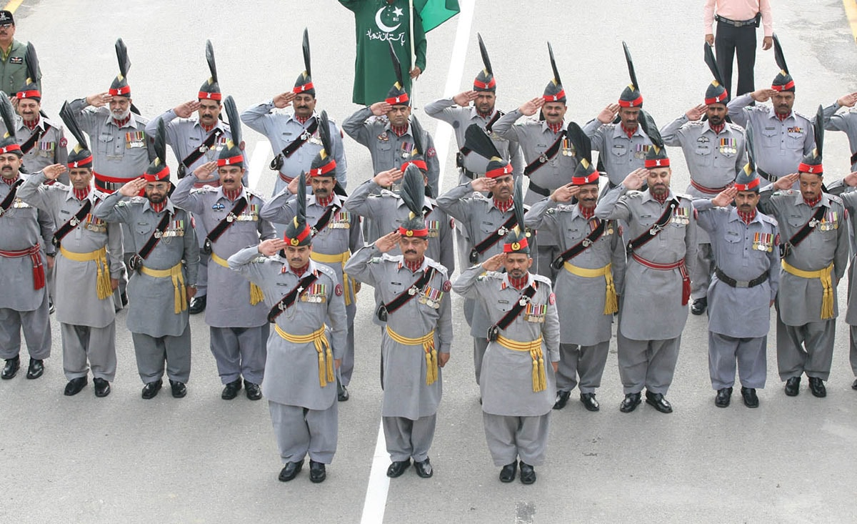 Independence Day flag-hoisting ceremony at the Wagah border, Lahore | Arif Ali, White Star