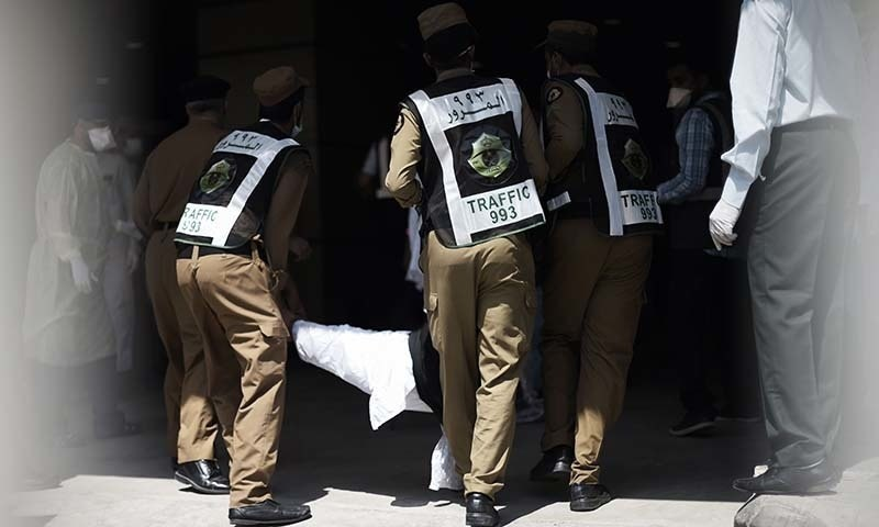 وزیربرائے مذہبی امورسردار یوسف کے مطابق بھگدڑ کے باعث لاپتہ ہونے والے 228 پاکستانیوں سے رابطہ ہوگیا جبکہ62 حجاج تاحال لاپتہ ہیں—۔فائل فوٹو/ اے ایف پی