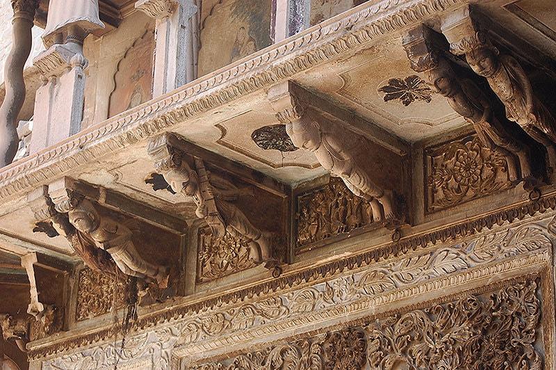 Angels at the temple at Malka Hans. —Photo by Rida Arif