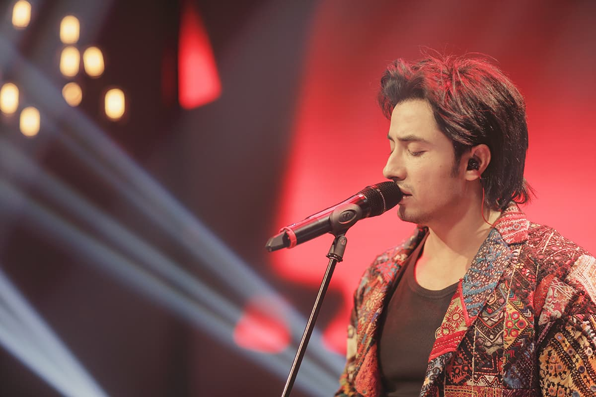 Ali Zafar revisits Ghalib after singing a few of his couplets in his earlier song 'Jee Dhoondhta Hai' from the album Jhoom — Publicity photo