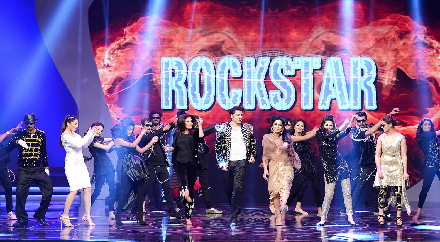 One of the best moments of the night featured the 'Rockstar' with his famous friends, Meera and Resham – Publicity photo