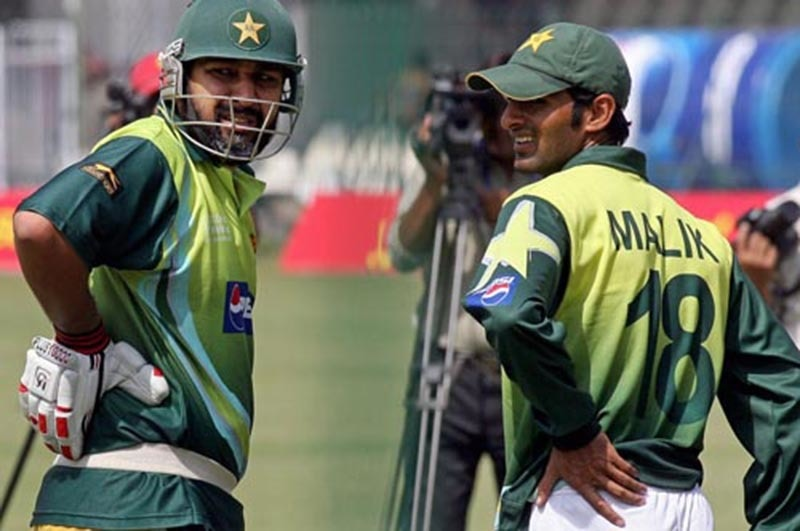 A quiet but steady relationship: Inzi with Malik. —AFP