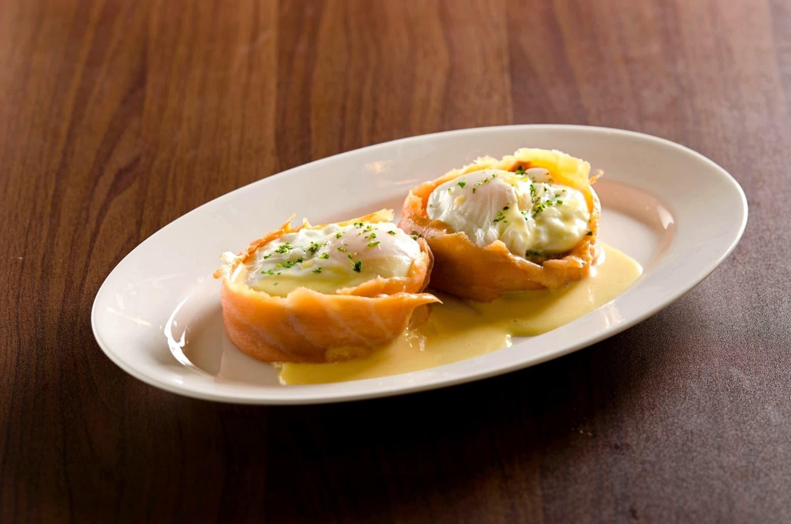 Salmon Eggs Florentine