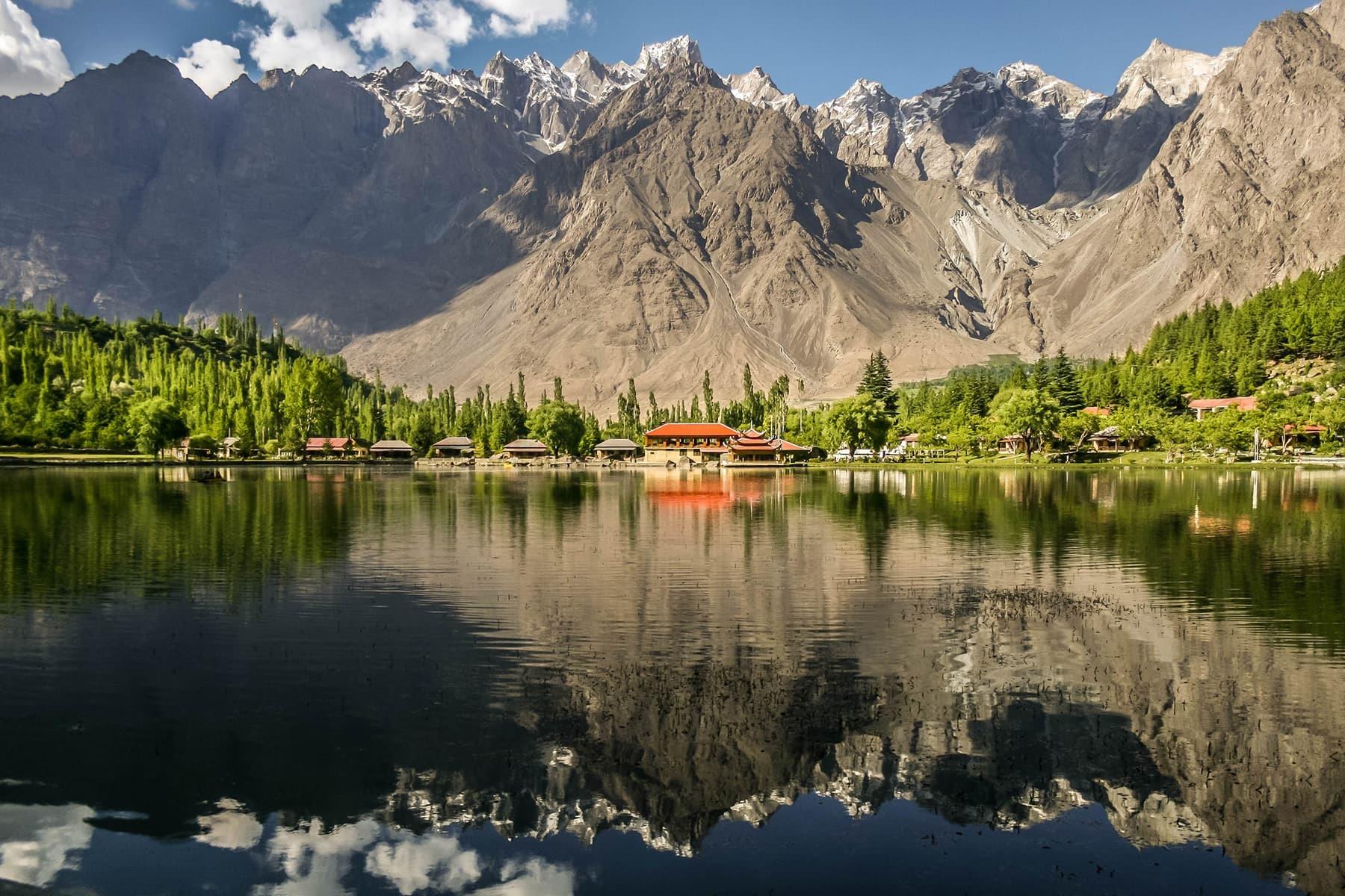 First place:2015 winner comes from Lower Kachura Lake, a popular tourist destination in Central Karakoram National Park, Skardu, Pakistan. — Image by Zaeem Siddiq