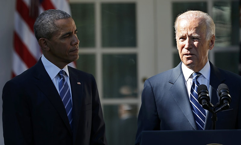 Joe Biden announces he will not seek the 2016 Democratic presidential nomination as President Barack Obama looks on during an appearance in Rose Garden of the White House. —Reuters