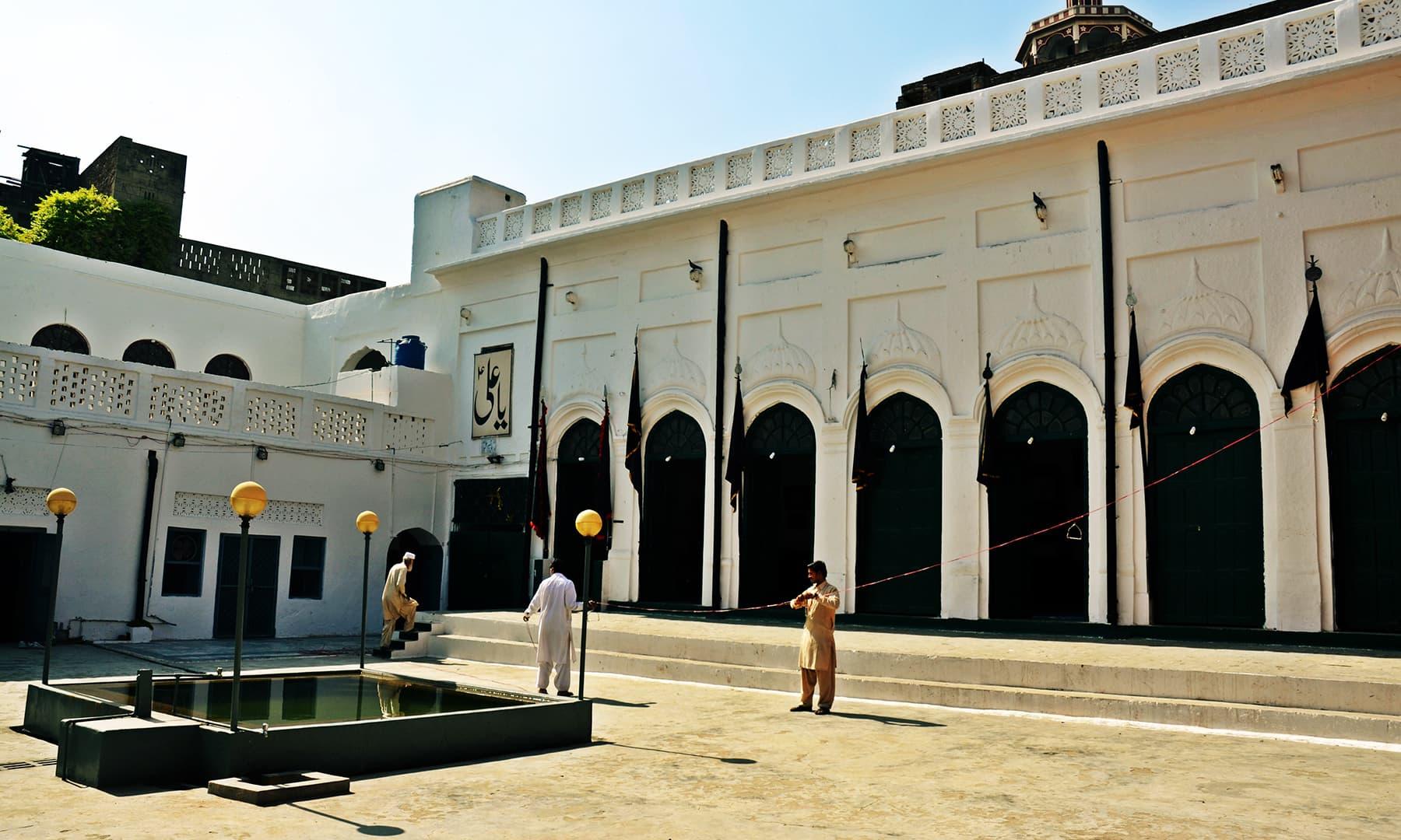 Mubarik 'haveli' Imambargah. —Photo by Abdullah Khan