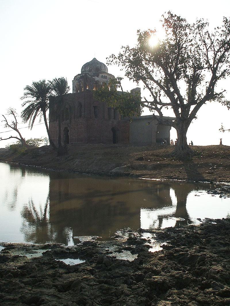 The gurdwara of Nanak at Jhaman.