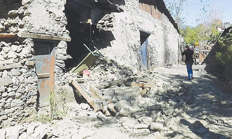 Unicef cautions against risks faced by quake-hit children