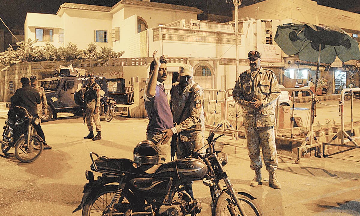 Rangers during a search operation at Nine Zero, the headquarters of the Muttahida Qaumi Movement (MQM)|White Star