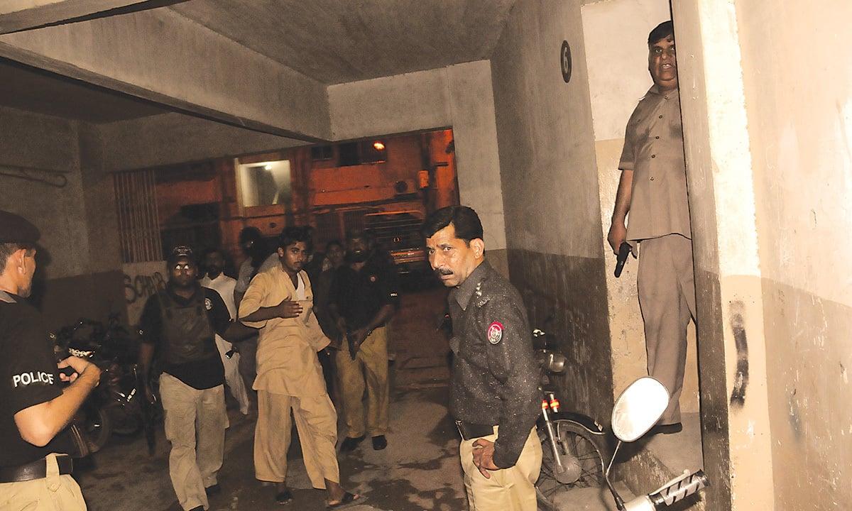A police raid at Pioneer Arcade near Abbas Town| Faysal Mujeeb, White Star