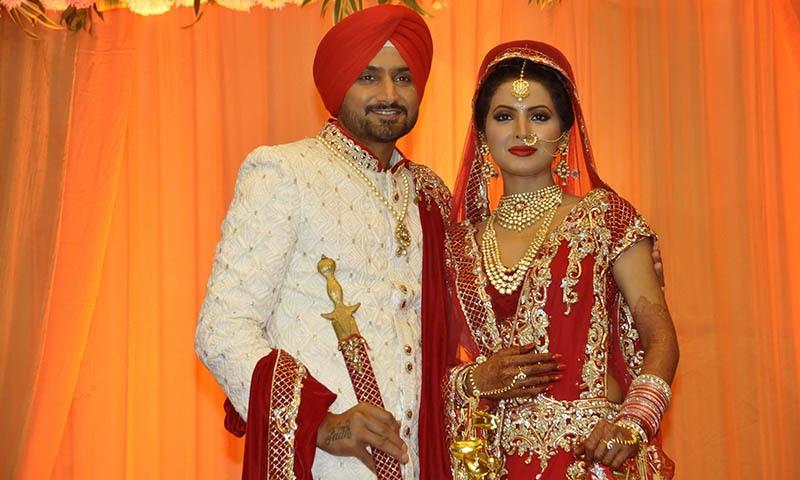 ہربھجن سنگھ کی شادی پر صحافیوں سے بدتمیزی، 4 گارڈز گرفتار