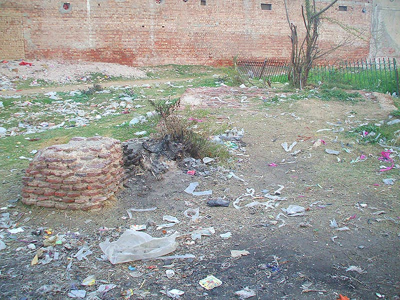 Remains of a caravansary or inn at Hinjarwal.