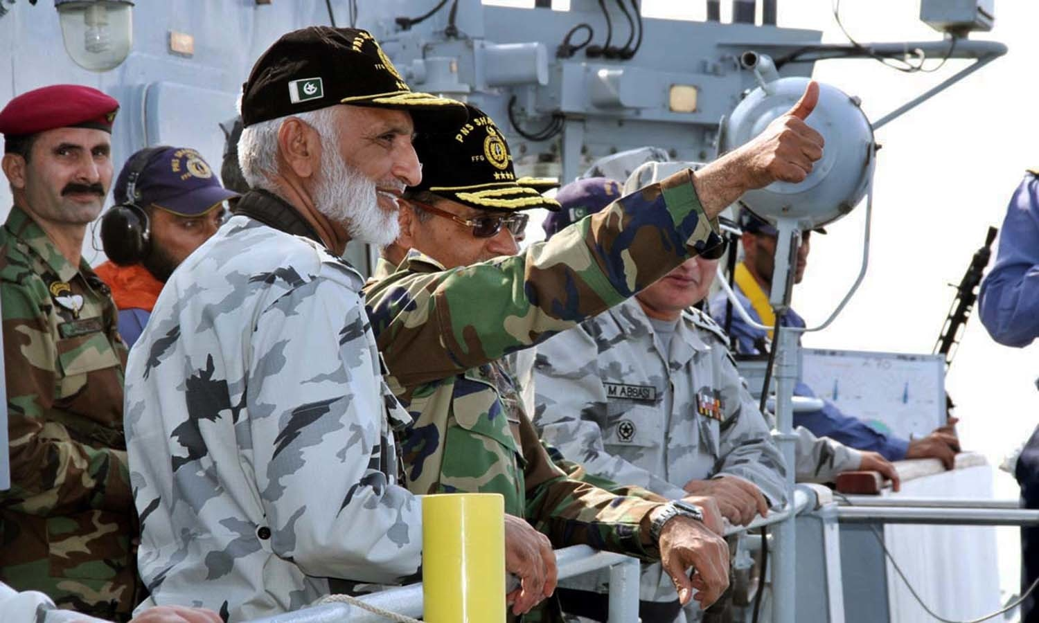 Chief of Naval Staff Admiral Zakaullah along with Chief of Air Staff Sohail Aman reviewing operational activities out at sea during Exercise Sea Spark 2015. — APP