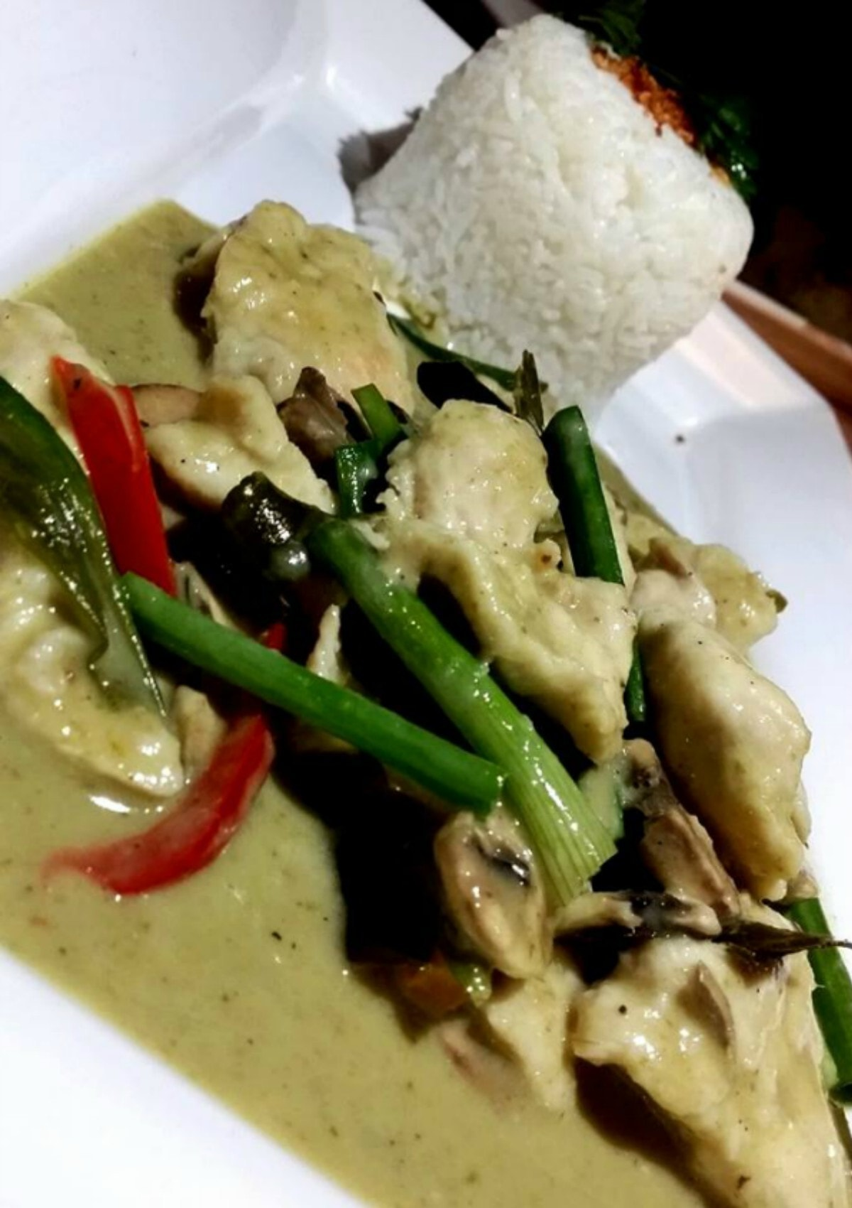 Green curry with rice – Photo courtesy Imtisal Zafar