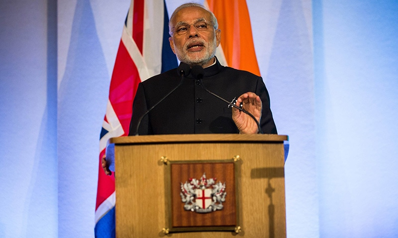 Indian Prime Minister Narendra Modi addresses industry leaders at the Guildhall in London on November 12, 2015.  —AFP