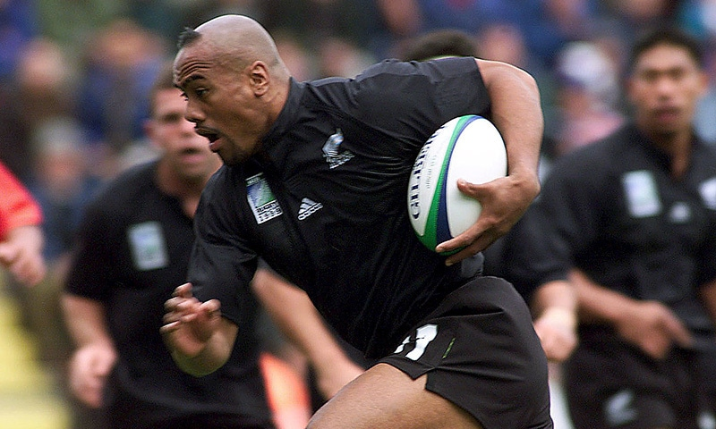 File picture of New Zealand's Jonah Lomu as he tucks the ball under his arm to run and score the All Black's first try against Tonga during their Rugby World Cup Group B match at Ashton Gate in Bristol, England, in this October 3, 1999 file photo. — Reuters