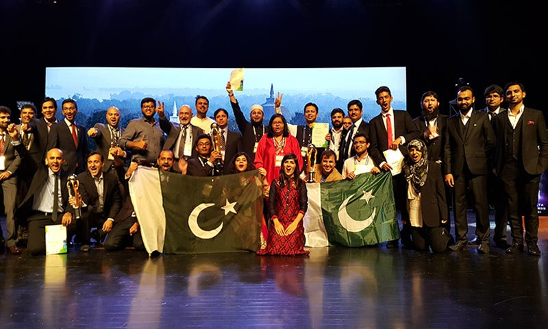 Team Pakistan bags gold at regional tech awards