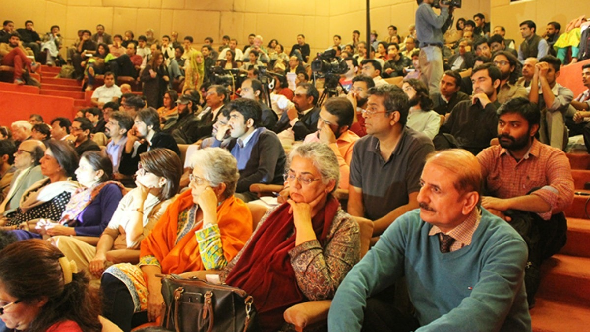 The audience at the Faiz International Festival —Photo courtesy: Youlin Magazine