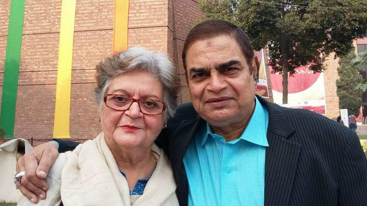 Veteran actor Irfan Khoosat with Salima Hashmi —Photo courtesy: Waleed Irfan Khoosat