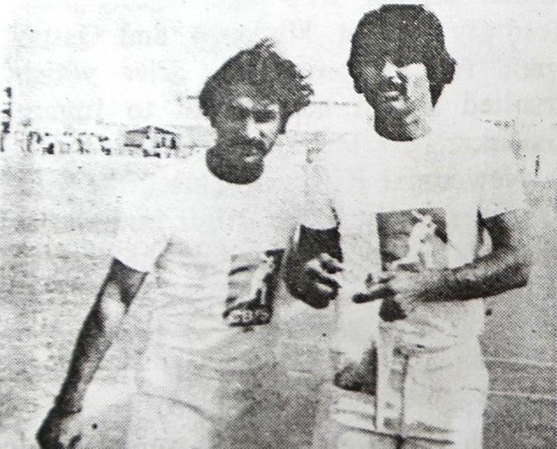 Gavaskar and Miandad: Making up.