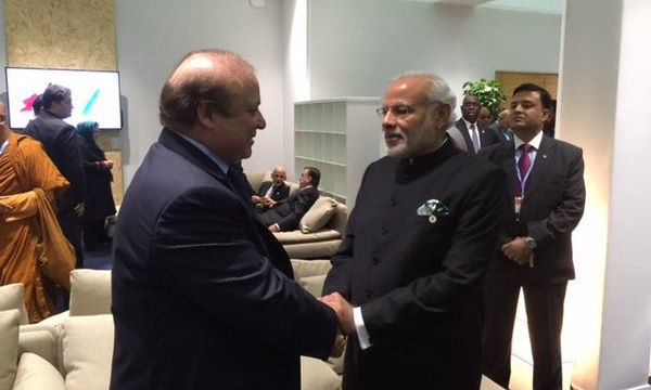 Nawaz, Modi meet on sidelines of Paris climate summit
