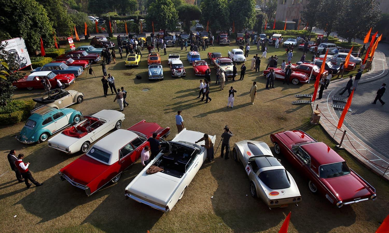 Car Show 2015 >> Vintage Car Show In Islamabad Pakistan Dawn Com