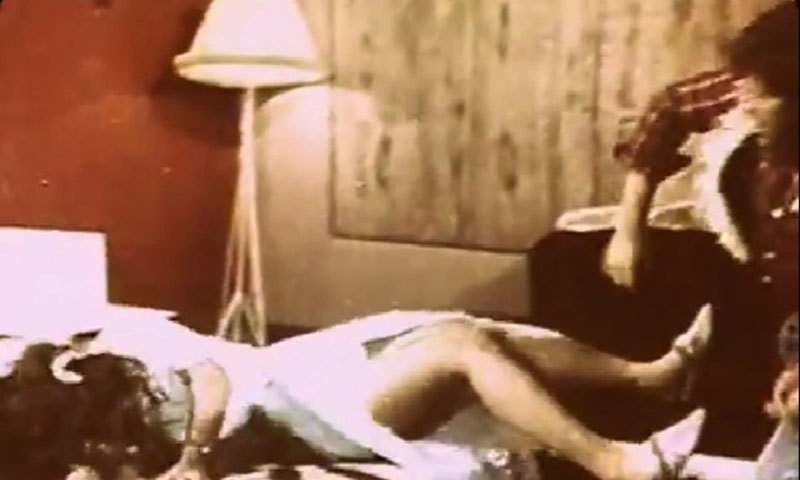 Badar Muneer pins down a seductress in Dulhan Aik Raat Ki (1975).