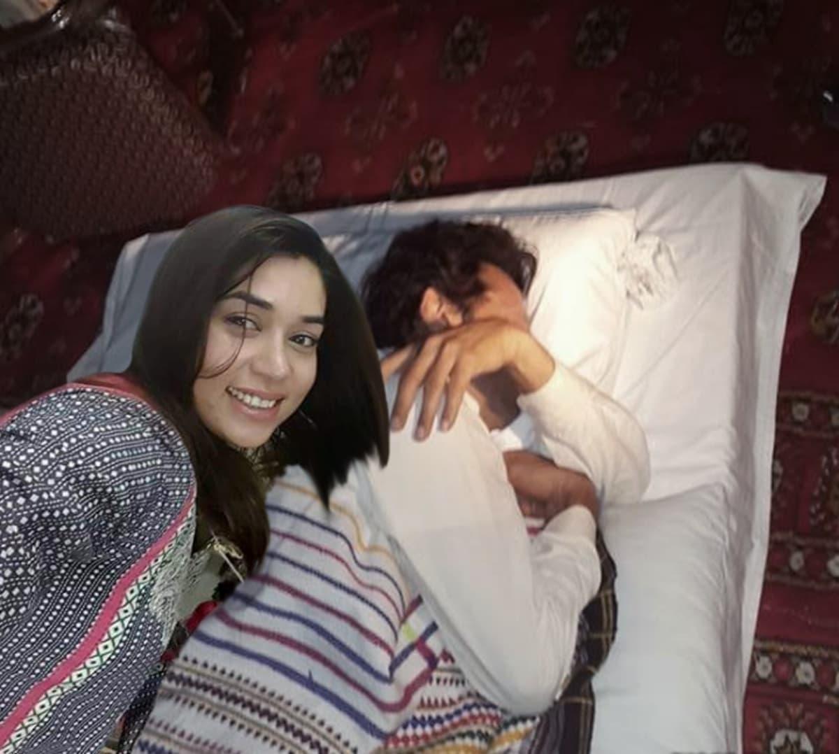 An unsuspecting Imran Khan becomes her next target