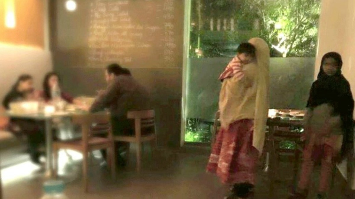When a picture of a maid apparently being mistreated at a cafe in Karachi went viral, social media went into a frenzy. —Photo courtesy: Yusra Askari