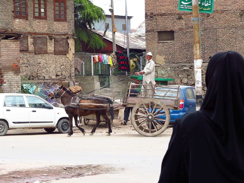 Street life, Srinagar.