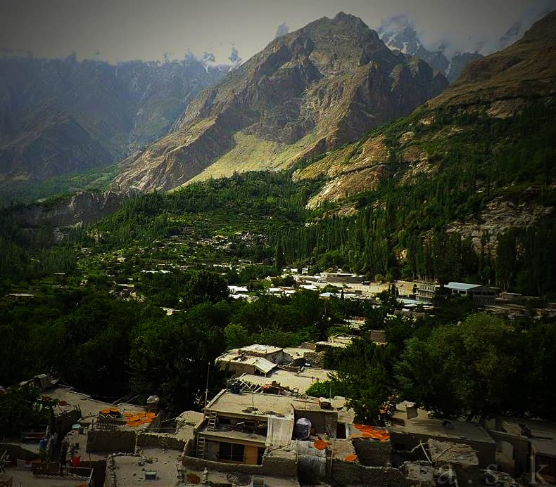 View of the Hunza Valley from the fort. Apricots have been left on the roofs to dry — a traditional method of preserving the fruit for various uses.