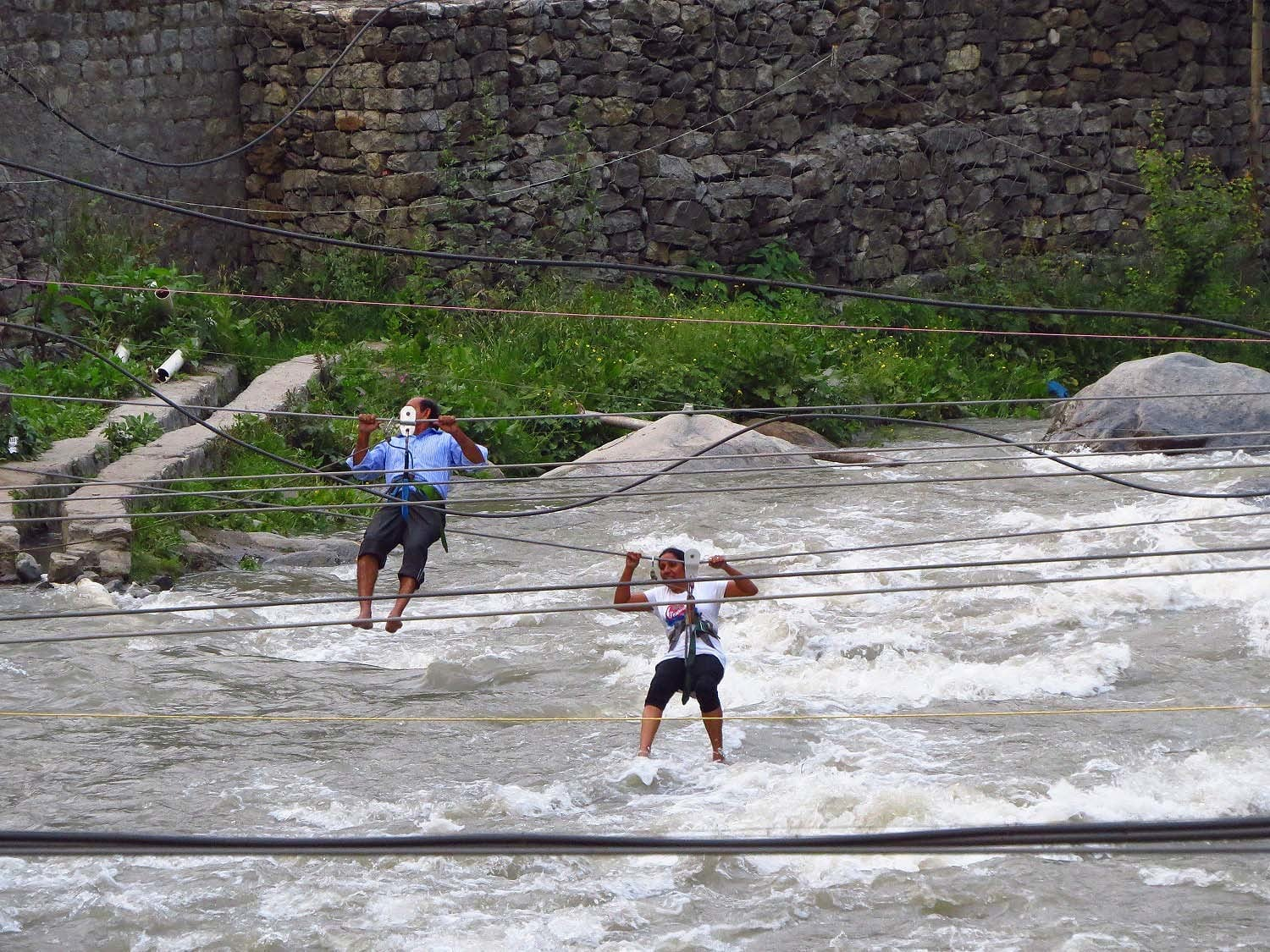 Water jumping in Old Manali.