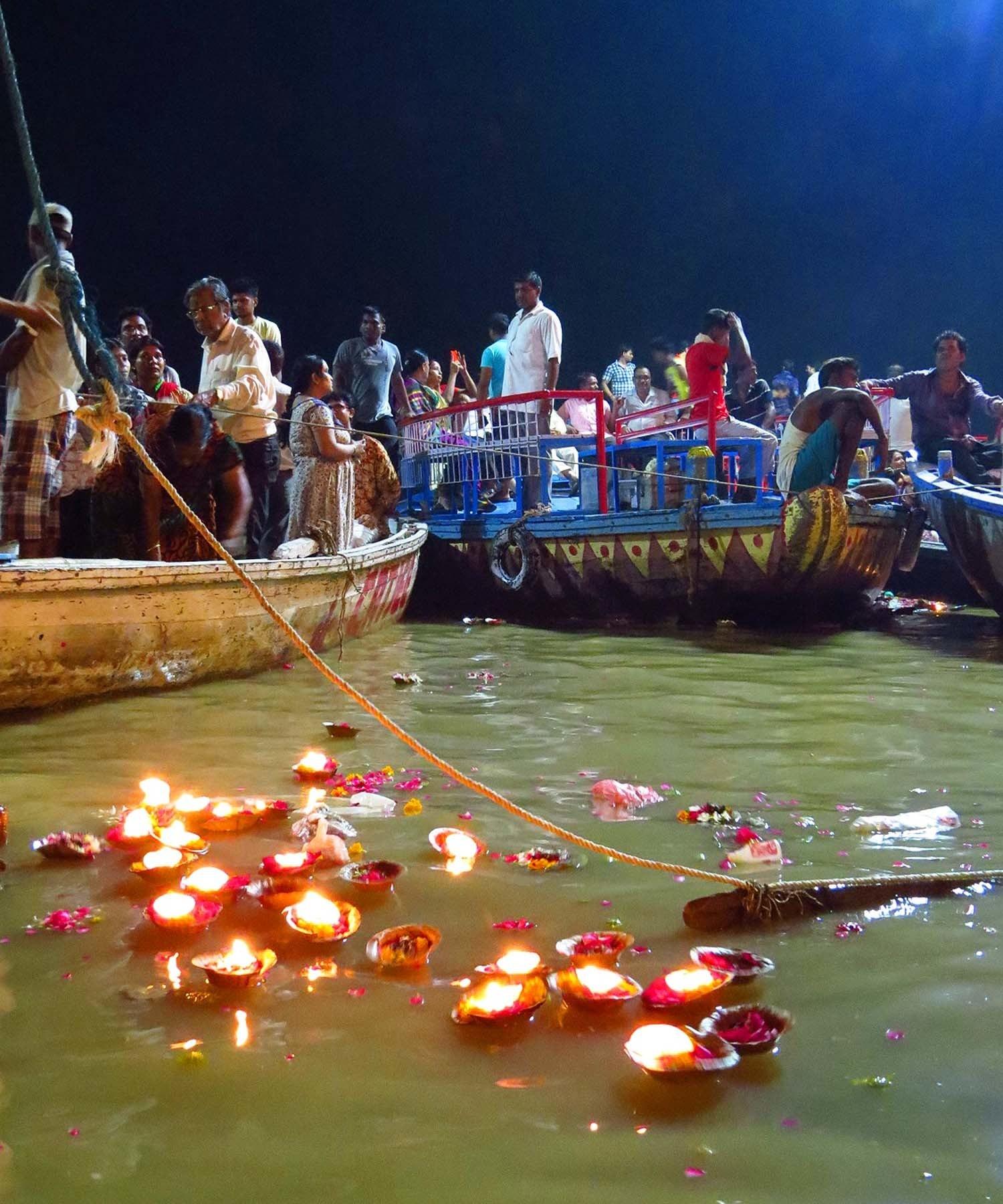 Ganga Arti, Haridwar.
