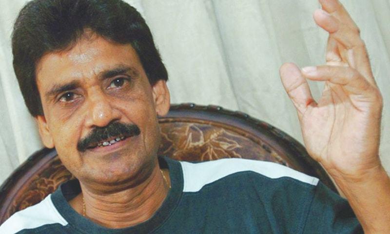 حنیف خان نے دوسال بعد قومی ٹیم کی بھاگ دوڑ سنبھالی ۔ فائل فوٹو