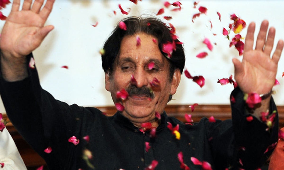 Iftikhar Chaudhry and the pajero party