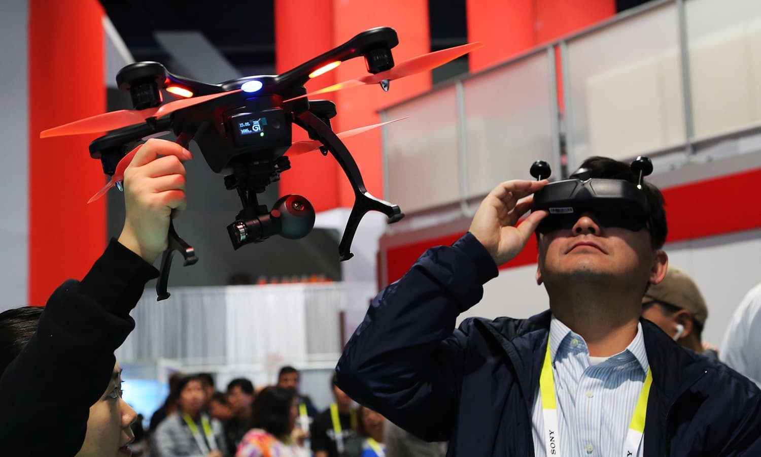 Neuro-hacking, Netflix and VR: 8 takeaways from the Consumer Electronics Show 2016