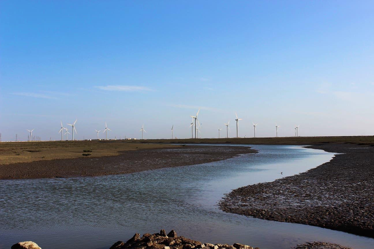 پن بجلی کا یہ منصوبہ انڈس ڈیلٹا پر گھارو کے قریب قائم ہے۔
