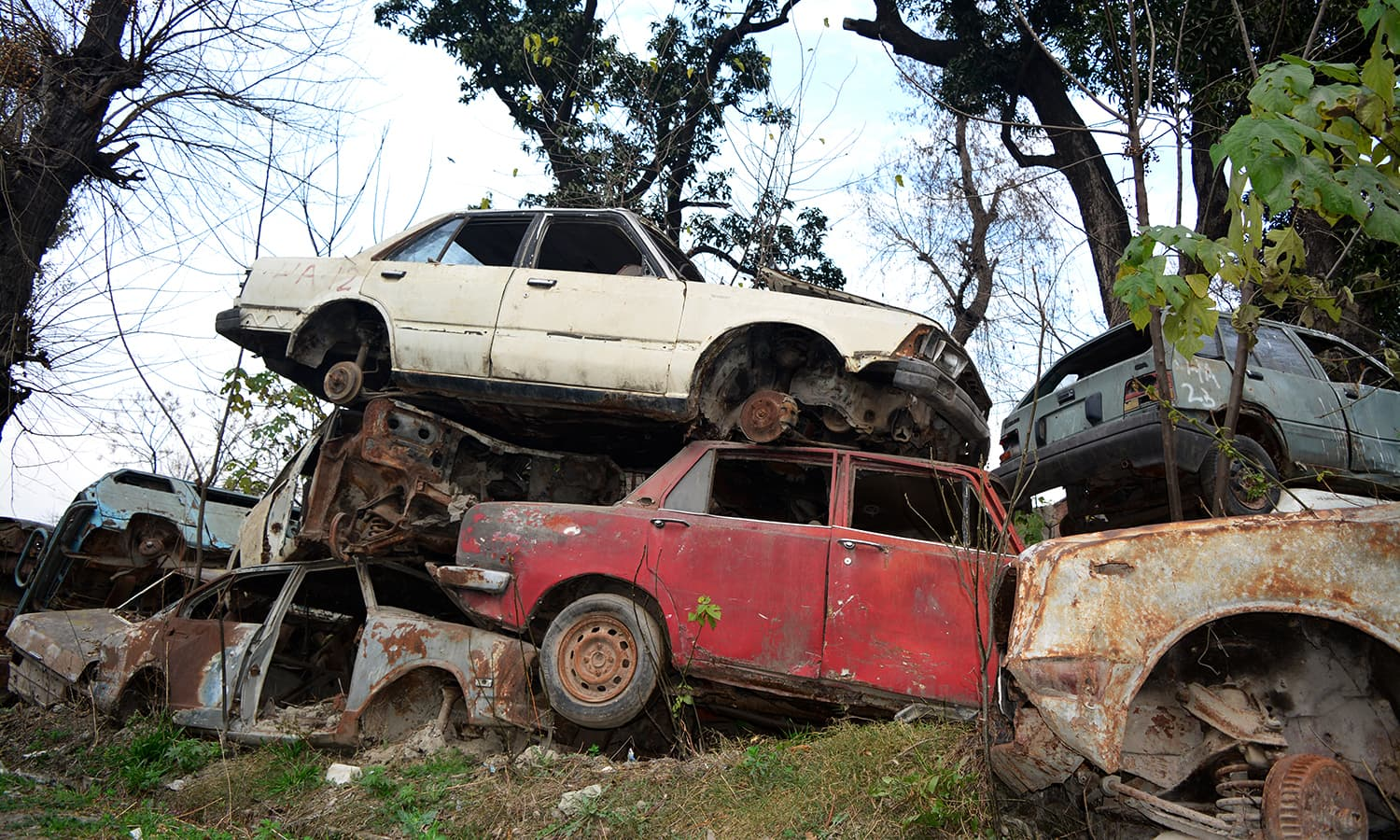 Total Loss Cars For Sale In Pakistan