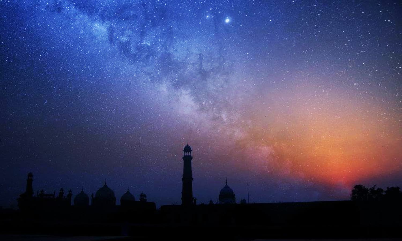 لاہور شہر پر ہماری کہکشاں کا منظر۔ فوٹو اختر عباس۔