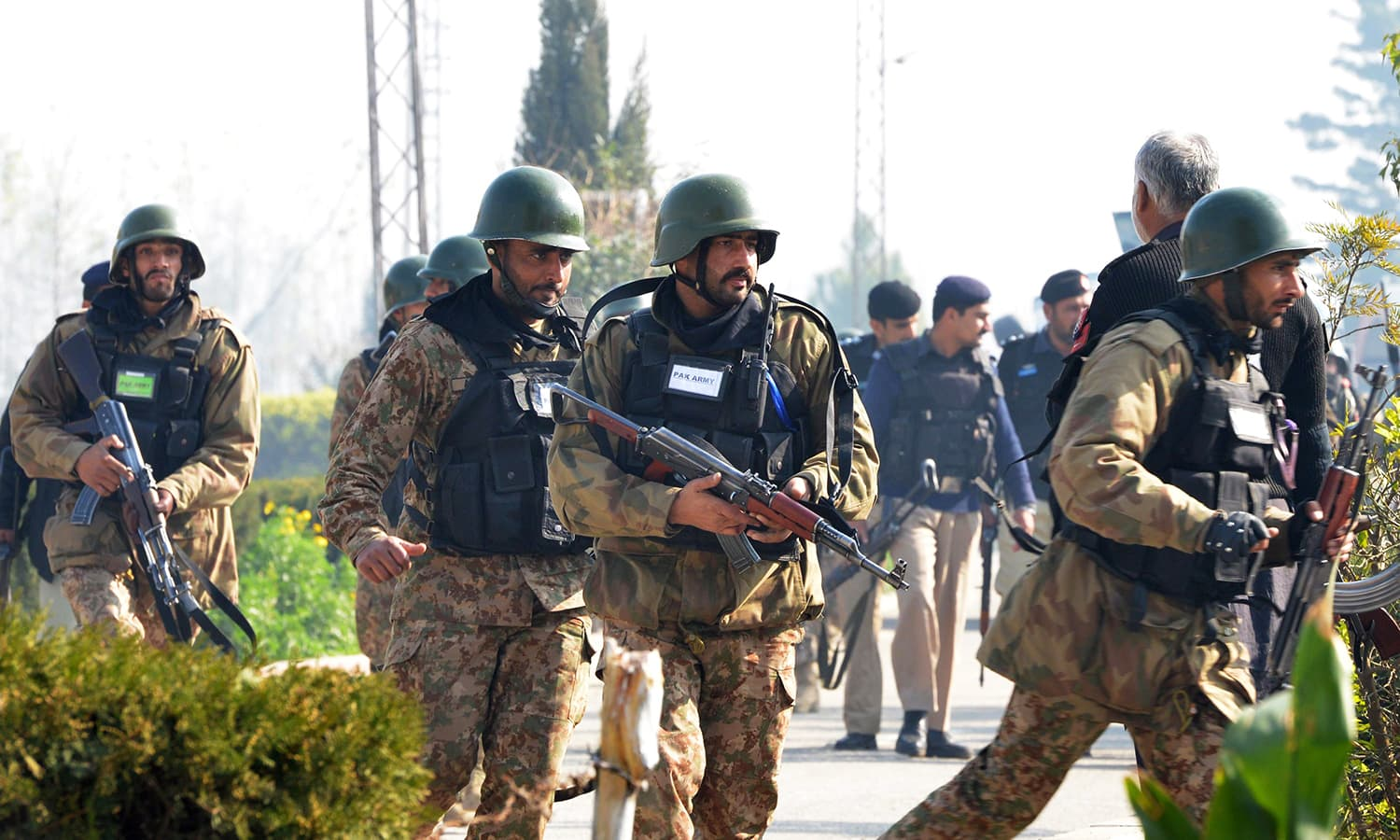 Pakistani army soldiers take part of search operation at the Bacha Khan university following an attack by militants. -AFP