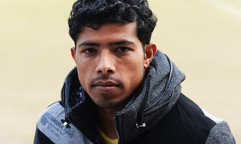 محمد عادل کرغیزستان کے کلب ڈوڈوئی سے معاہدے کی تجدید کو رد کرچکے ہیں—فوٹو: اے ایف پی