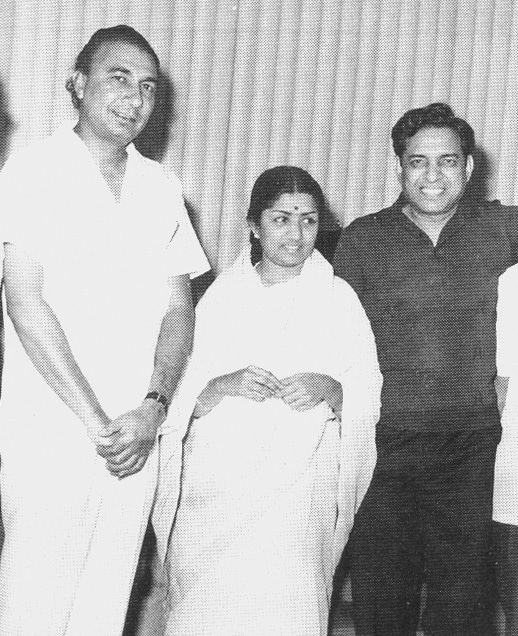 (From left to right) Sahir Ludhianvi, Lata Mangeshkar and Ravi.  - Photo from the book