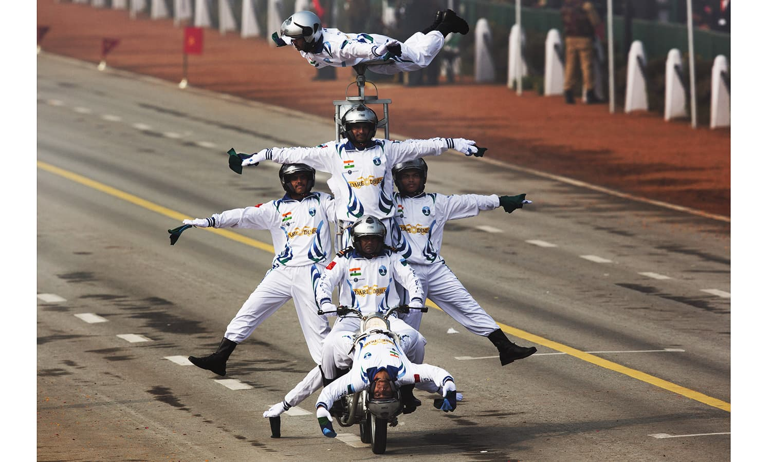 Motorcycle display team of Indian army's 'Corps of Signals'. ─ AP